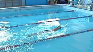 """Atletas especiais da natação de Suzano participam do primeiro torneio internacional - Com a ajuda das famílias e da comunidade, eles conseguiram arrecadar R$ 20 mil para disputar os """"Juegos Internacionales de Las Américas Trisome 21""""."""