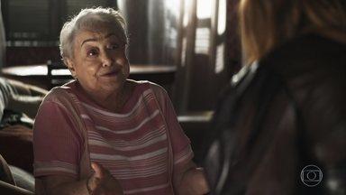 Marlene aconselha Maria da Paz a abrir os olhos com Jô - A empresária diz que está aflita