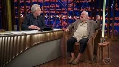 """Paulo César fala da parceria com Pixinguinha - No palco do 'Conversa', confira uma versão de """"Ingênuo"""""""
