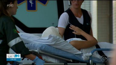 Menina que teve o cabelo arrancado ao andar de Kart está em uma UTI de Ribeirão Preto - Na unidade, Débora deve continuar o tratamento de reconstrução do couro cabeludo.