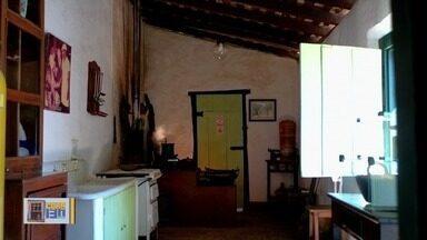 Casa de Cora Coralina esconde segredos da poetisa na cidade de Goiás - Cartas e cadernos com versos estão entre itens raros.