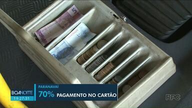 Reajuste de tarifa de ônibus em Paranavaí causa polêmica - O novo valor é de R$ 4,04. Passageiros reclamam de não receber 1 centavo de troco.