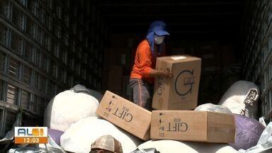 Polícia apreende carga contrabandeada de cigarros - Material está avaliado em quase R$ 500 mil.
