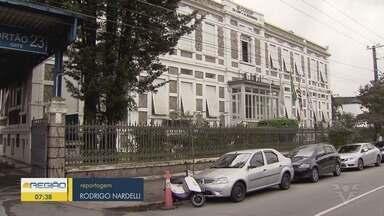 Polícia Federal prende dezenove pessoas em operação contra fraudes no Porto de Santos - Entre os presos, está o ex-deputado federal Marcelo Squassoni.