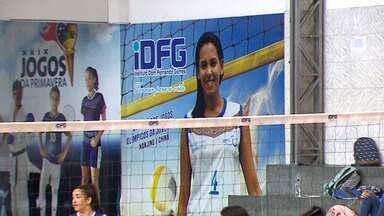Inspirada em Duda, equipe de vôlei do IDFG se prepara para disputa do Brasileiro Escolar - Evento será em João Pessoa. Duda se iniciou na modalidade no mesmo colégio.