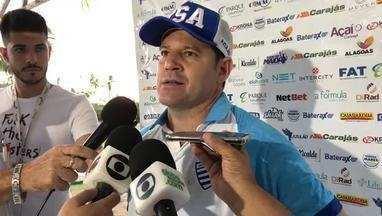 Argel Fucks antecipa time que enfrenta o Cruzeiro - Técnico elogia o volante Dawhan, que será utilizado na lateral direita