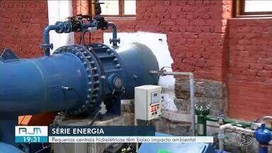 Série 'Energia': pequenas centrais hidrelétricas têm baixo impacto ambiental - Mini hidrelétricas reduzem a tarifa de energia para quem contrata o serviço.