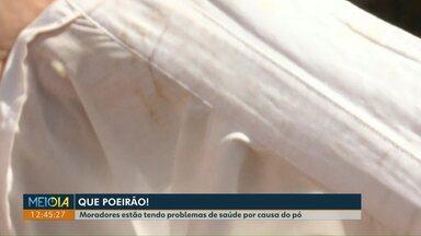 Poeirão no Interlagos intriga moradores - Prefeitura diz que vai fazer asfalto em algumas ruas de terra da cidade.