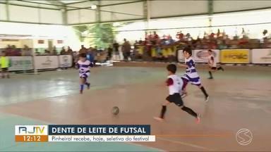 Itatiaia e Pinheiral recebem seletiva do Festival Dente de Leite de Futsal - Nas duas cidades, evento contou com a participação de crianças de 6 a 9 anos.