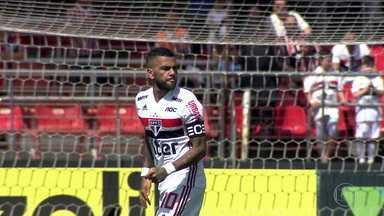 São Paulo e Grêmio ficam no 0 x 0 no Morumbi - São Paulo e Grêmio ficam no 0 x 0 no Morumbi
