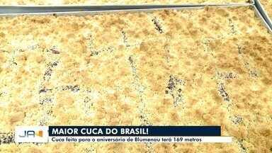 Cuca feita para o aniversário de Blumenau terá 169 metros - Cuca feita para o aniversário de Blumenau terá 169 metros