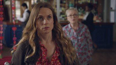 Episódio 6 - Laura publica o artigo sobre sua terapia e teme a reação de Kieran e Dr. F. Katie esconde um segredo de Sean. E o casamento de Alison e Martin pode não ter salvação.
