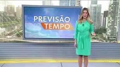 Previsão de chuva forte no Norte e risco de temporal no Sudeste - No Norte a chuva forte prevista é para o Amazonas, Acre e Rondônia. No leste do Sudeste, o risco de temporal é para o Rio e Espírito Santo. Pode chover em São Paulo e no Paraná. A temperatura cai em parte do Centro-Sul.