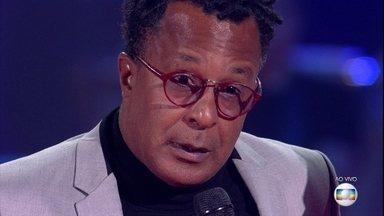 """Tony Gordon continua no """"The Voice Brasil"""" - Michel Teló avalia as apresentações"""