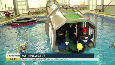 """""""Vai Encarar?"""" participa de Treinamento de Escape de Aeronave Submersa e Salvatagem - """"Vai Encarar?"""" participa de Treinamento de Escape de Aeronave Submersa e Salvatagem."""