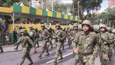 Desfile cívico marca a festa do Sete de Setembro em Salvador - Na Bahia, a Independência é duplamente comemorada: hoje e também em dois de julho, dia em que as tropas portuguesas deixaram o país em 1823.