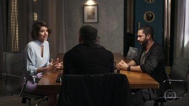 Agno e Téo continuam com o plano para enganar Jô - Os dois tentam convencer Jô a investir com um amigo de Agno