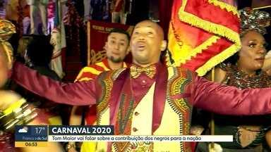 A Tom Maior, é a segunda escola a passar pelo sambódromo, divulga samba-enredo para 2020 - O tema escolhido ficou por conta da contribuição do negro para a formação do Brasil.