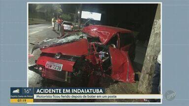 Homem fica ferido após bater em poste em Indaiatuba - Acidente foi na madrugada deste domingo (8) na Avenida Visconde de Indaiatuba.