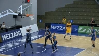 Bauru Basket vence três jogos e avança no Torneio Interligas - O Bauru Basket está na final do Torneio Interligas. A equipe venceu os três jogos. O último foi contra o Boca Juniors no último domingo (8).