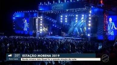 Banda mineira Jota Quest foi a grande atração do Estação Morena 2019 - Show acústico animou público no Parque de Exposições Laucídio Coelho, neste domingo
