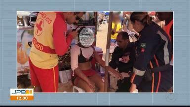 Mulher fica com várias partes do corpo queimadas por causa de celular em João Pessoa - O celular que estava com a vendedora ambulante explodiu.