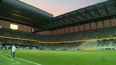 Veja como está a concentração colorada para a partida Inter e Athletico-PR - Na Arena da Baixada, deve ter quebra de recorde de público. Todos os ingressos para os colorados foram vendidos.