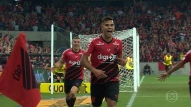 Athletico-PR sai na frente na briga pelo título da Copa do Brasil - Com gol de Bruno Guimarães, o Athletico-PR derrotou o Internacional por 1 a 0 em Curitiba