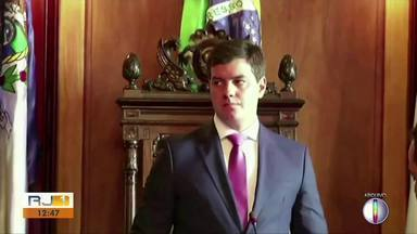 """Justiça mantém afastamento de vereador de Petrópolis - Paulo Igor Carelli é acusado de manter """"mensalinho"""" na Câmara de Vereadores."""