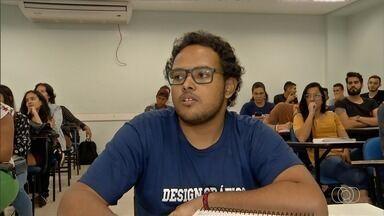 Estudante de Anápolis que tem hidrocefalia pede ajuda para motorizar cadeira de rodas - Ele precisa de um total de R$ 10 mil, dinheiro que a família não tem.