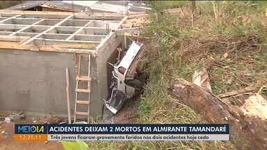 Duas pessoas morreram e três ficaram feridas em dois acidentes em Almirante Tamandaré - E um dos acidentes, o motorista perdeu o controle da direção e caiu em cima de uma casa em construção.