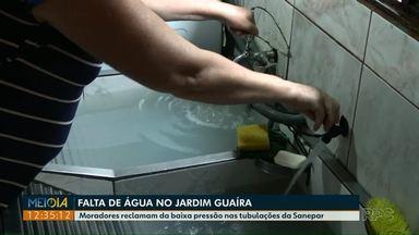 Moradores reclamam da baixa pressão da água em casas do Jardim Guaíra - Em algumas residências chega a faltar água por conta desse problema.