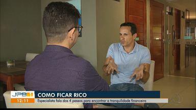 Especialista fala dos 4 passos para encontrar a tranquilidade financeira - Evento foi no auditório do Sebrae, em João Pessoa
