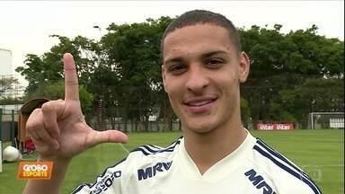 Antony está ansioso para o nascimento do filho e fazer gols no São Paulo - Antony está ansioso para o nascimento do filho e fazer gols no São Paulo