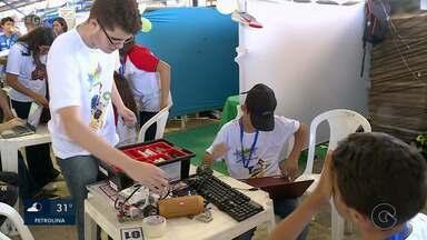 """Evento é realizado para promover experiências práticas da técnica de construção de robôs - Essa etapa nordeste 2019 teve como tema a """"tecnologia a favor do esporte""""."""
