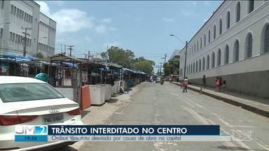 Obra provoca interdição do trânsito em área no centro de São Luís - O repórter Douglas Pinto possui mais informações.