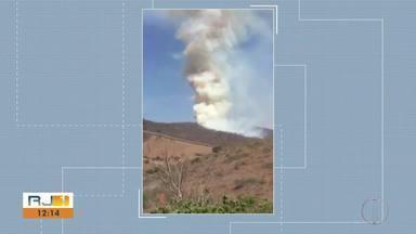 Incêndio em São Fidélis é controlado após quatro dias - 60 bombeiros de sete cidades foram acionados.