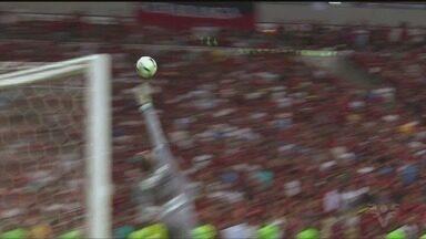 Com gol de cobertura de Gabriel, Santos perde para o Flamengo no Maracanã - O Peixe saiu derrotado por 1 a 0 no jogo válido pela 19ª rodada do Campeonato Brasileiro, neste sábado (14).