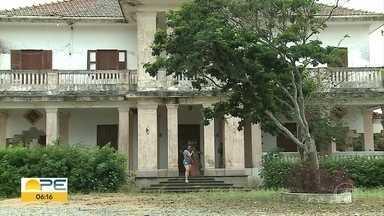 Centro de Formação Paulo Freire recebe ordem de despejo em Caruaru - Local oferece ações de educação, saúde e prestação de serviço em assentamento do MST.