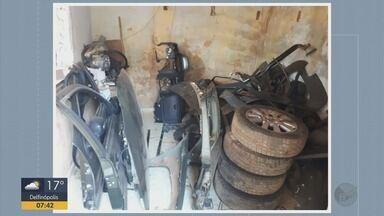 Homens são presos e menor apreendido envolvidos com desmanche de carros em Ilicínea (MG) - Homens são presos e menor apreendido envolvidos com desmanche de carros em Ilicínea (MG)