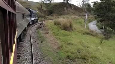 Distrito de Sabaúna, em Mogi, recebe a nova edição do Festival do Cambuci - O ingresso para o passeio de trem é vendido no site da Associação Brasileira de Preservação Ferroviária. O endereço é tremdeguararema.com.br.