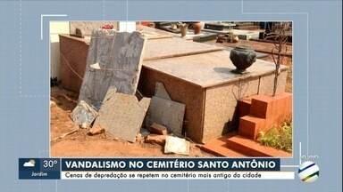 Criminosos destroem túmulos do cemitério mais antigo de Campo Grande - Prefeitura diz que vai elevar o muro e instalar concertina
