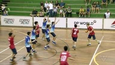Copa TV Tribuna de Handebol Escolar chega às oitavas de final - Os jogos estão acontecendo no ginásio do Rebouças, em Santos.