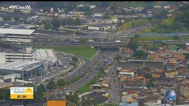 Confira o trânsito em diversos pontos de Salvador no início da manhã desta quarta-feira - Avenida ACM está congestionada por causa de um acidente.