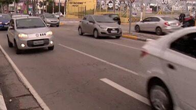Motorista morto durante assalto é enterrado em Arujá - O crime foi em Itaquaquecetuba na noite de quarta-feira (18).