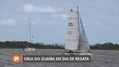 Competição de vela acontece na orla do Guaíba, em Porto Alegre - Confira o movimento na região da Usina do Gasômetro na capital.