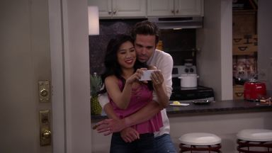 A Chave da Vida - Josh muda as fechaduras e se recusa a dar uma cópia das chaves a Judy, mas isso causa um problema para ele mesmo. Eve tenta evitar ficar de fora do cartão da família.