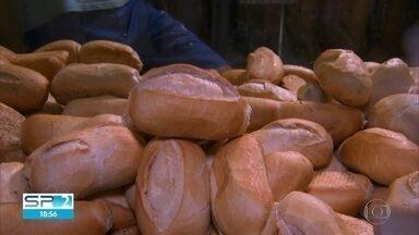 Vereadores de SP compram quatro toneladas de pão francês por R$47 mil - Contrato entrou em vigor na penúltima semana de setembro e vai até setembro de 2020.