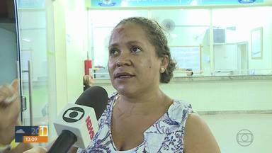 Dez pessoas continuam internadas após acidente entre ônibus e carreta em Sete Lagoa - No total, 28 pessoas estavam no ônibus com romeiros que seguia de Cansanção (BA) para Aparecida (SP).