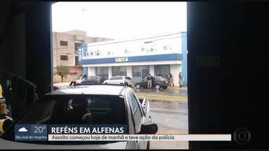 Adolescentes fazem reféns em agência bancária no sul do estado - Eles tentaram assaltar o banco, mas foram presos depois da chegada da polícia.